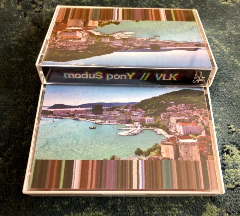 Modus Pony & Vlk - (Split)